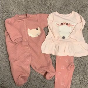 Matching shirt/leggings set with footed coverall